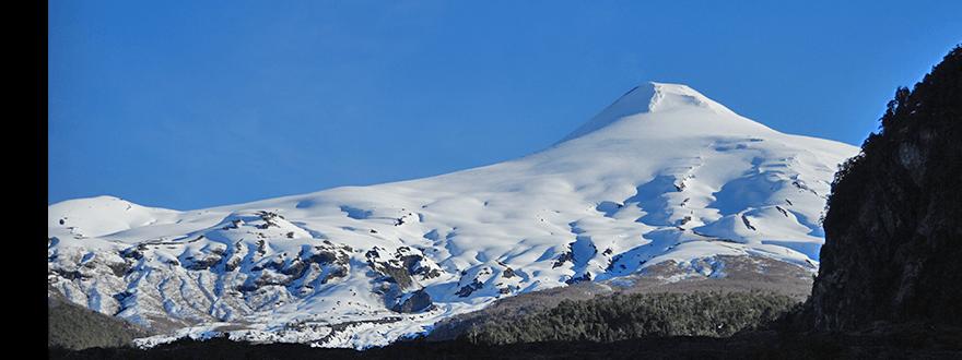 villarrica-volcano-tour-adventure
