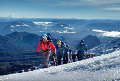 ascenso volcán villarrica volcano ascent tour adventure