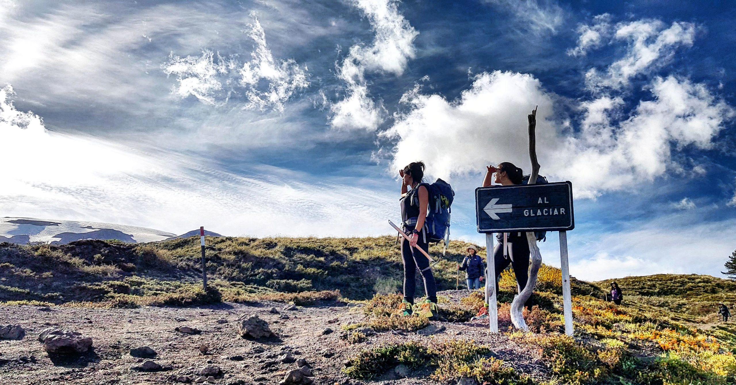 Hiking Pucon Parques nacionales Chile Mawida Adventures